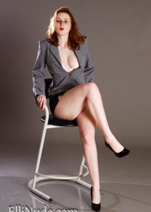 Elli Nude - В офисе - Галерея № 3511736