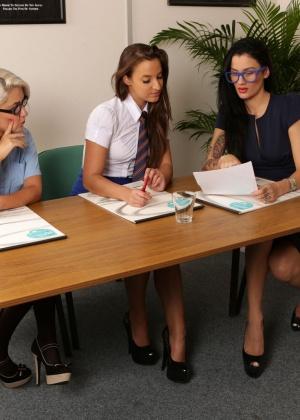 Amirah Adara, Adara Amirah, Amirah, Carla Mai - В офисе - Галерея № 3530715