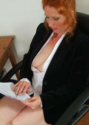 В офисе - Галерея № 2564624