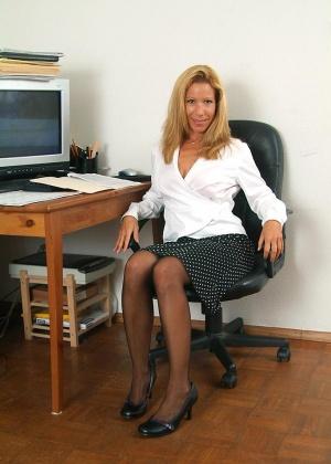 В офисе - Галерея № 2564638