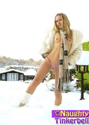 Naughty Tinkerbell - Писсинг - Галерея № 3505838