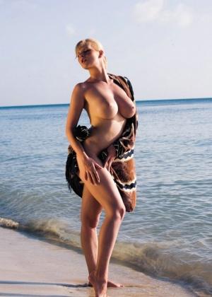Tarra White - Пирсинг - Галерея № 3382741