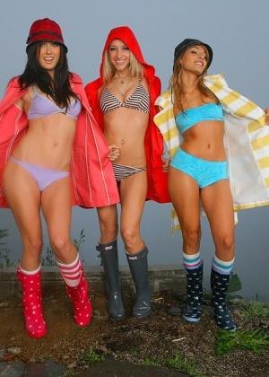 Sammie Rhodes, Melissa Jacobs, Valerie Rios - Португальское - Галерея № 3284781