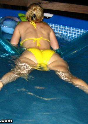 Sexy Pattycake - В бассейне - Галерея № 3425703