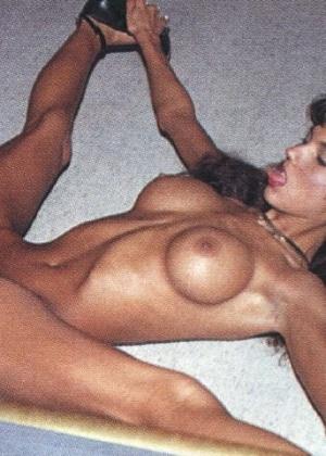 Francesca Le - Португальское - Галерея № 3360771