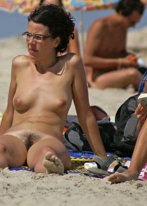 Бесстыжие пляжницы