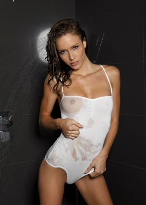 Malena Morgan - В сауне - Галерея № 3398058