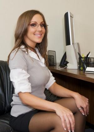 Kiera King - Секретарша - Галерея № 3526281