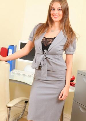 Секретарша - Галерея № 3512795