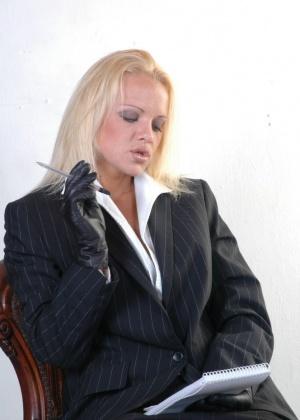 Frankie Babe - Секретарша - Галерея № 3507954
