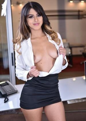 Sophia Leone - Секретарша - Галерея № 3518803