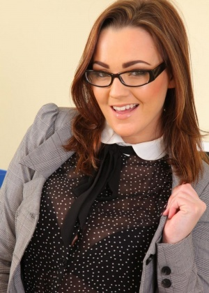 Jodie Gasson - Секретарша - Галерея № 3536765