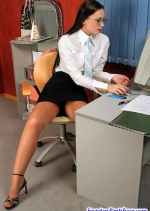 Секретарша - Галерея № 3034041