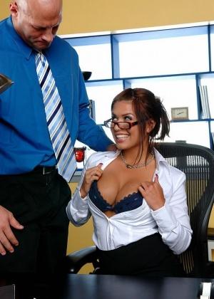 Eva Angelina - Секретарша - Галерея № 3167740