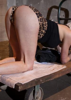 Casey Calvert, John Strong - Сквирт (струйный оргазм) - Галерея № 3432009