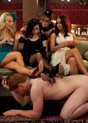 Cherie Deville, Maitresse Madeline, Lorelei Lee, Aiden Starr - Страпон - Галерея № 3436424