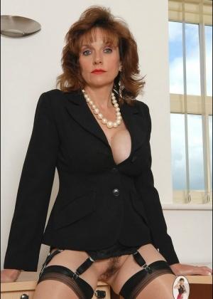 Lady Sonia - Секретарша - Галерея № 3513478