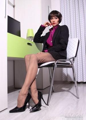 Lily Wow - Секретарша - Галерея № 3521095