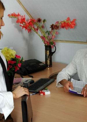 Секретарша - Галерея № 3046282