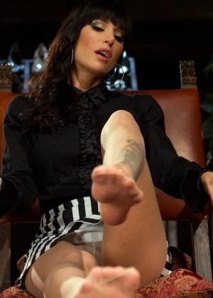 Gia Dimarco, Maitresse Madeline - Страпон - Галерея № 3436242
