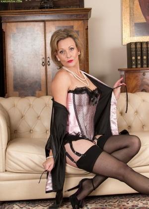 Mrs Huntingdon Smythe - В чулках - Галерея № 3474069