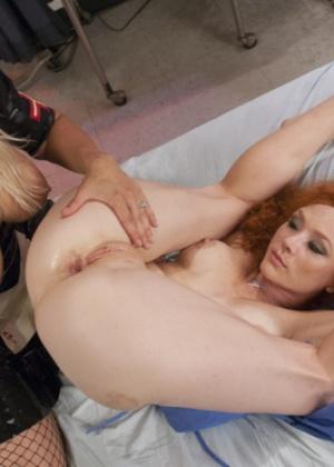 Audrey Hollander, Angel Allwood - Страпон - Галерея № 3482401