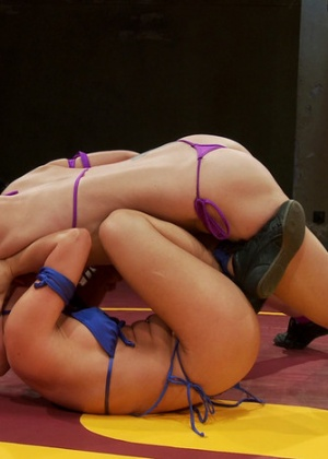 Serena Blair, Amber Rayne - Страпон - Галерея № 3415336