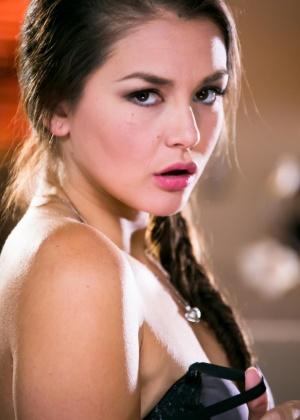 Sabrina Starr, Serena Blair, Allie Haze - В чулках - Галерея № 3526967