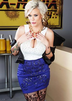 Kate Frost - В чулках - Галерея № 3606679