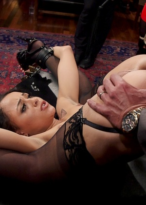 Holly Hendrix, Marco Banderas, Bella Rossi - Секс втроем - Галерея № 3533799