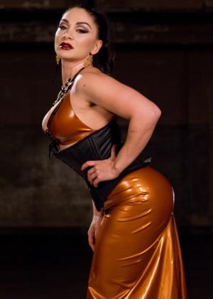 Lea Lexis, Tony Orlando - Страпон - Галерея № 3529480