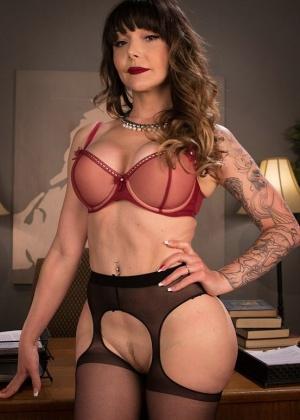 Dj, Danielle Foxx, Venus Lux - Секс втроем - Галерея № 3547423