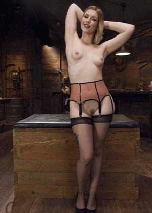 Ella Nova, Ingrid Mouth, Dana Dearmond - Секс втроем - Галерея № 3609536