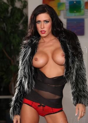 Jessica Jaymes - Секс игрушки - Галерея № 3205980