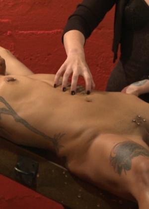 Mistress Shae Flanigan, Jessica Creepshow - Секс игрушки - Галерея № 3485179