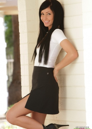 Catie Minx - Под юбкой - Галерея № 3365814