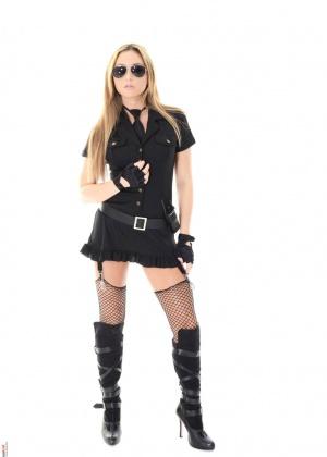 Natalia Forrest - В униформе - Галерея № 3537392