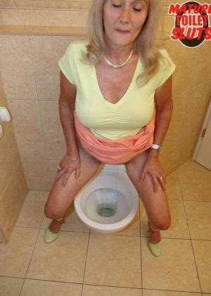В туалете - Галерея № 3536265