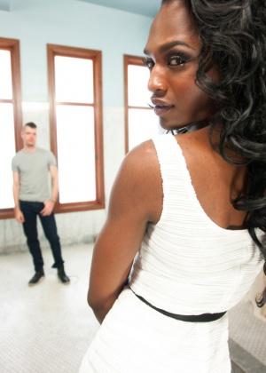 Chanel Couture, Mike Panic - Транссексуал - Галерея № 3341850