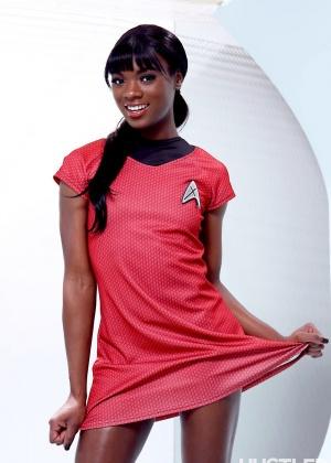 Ana Foxxx - В униформе - Галерея № 3419799