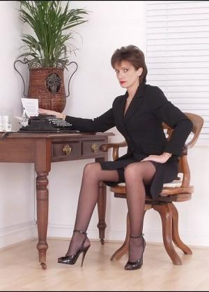 Lady Sonia - В униформе - Галерея № 3381063
