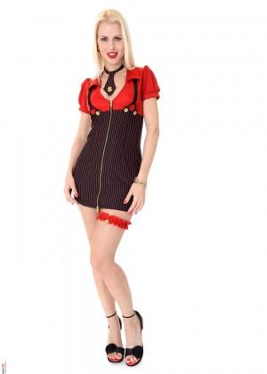 Ms Lynna - В униформе - Галерея № 3469704