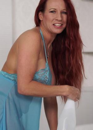 Faye Rampton - Под юбкой - Галерея № 3501368