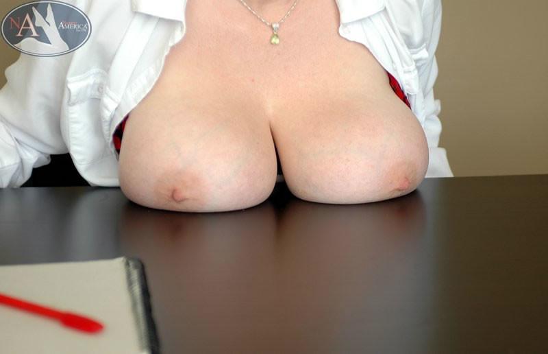 Sandy Creamy Tits Gallery Mybigtitsbabes