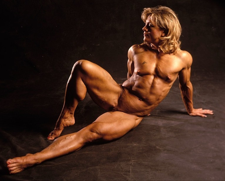 Nude pictures of muscle women