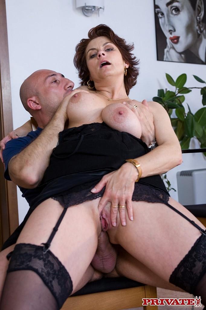 Porn italian mature adult pics