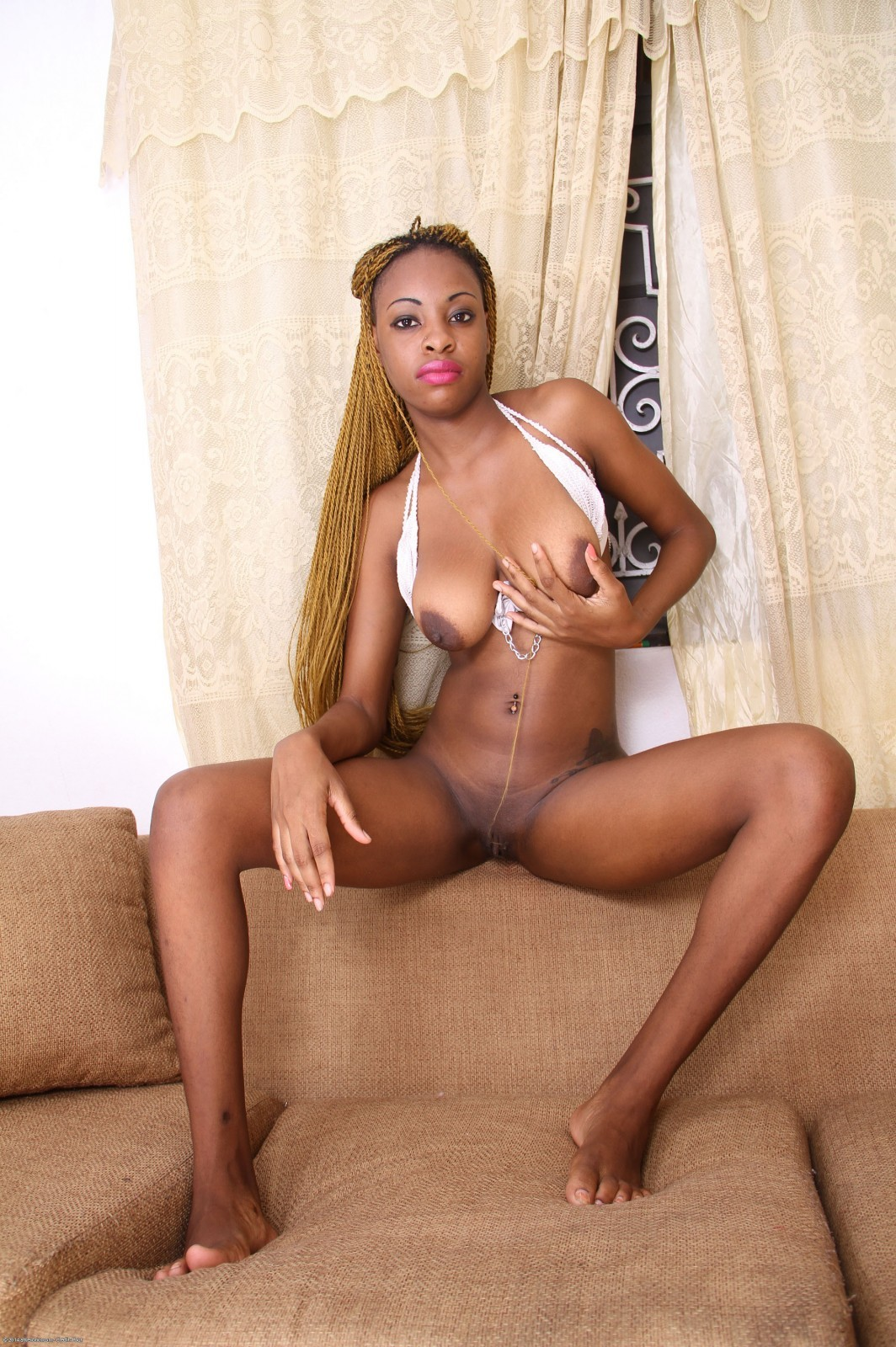 Ebony aliyah xxx mobile porn pics and sex images