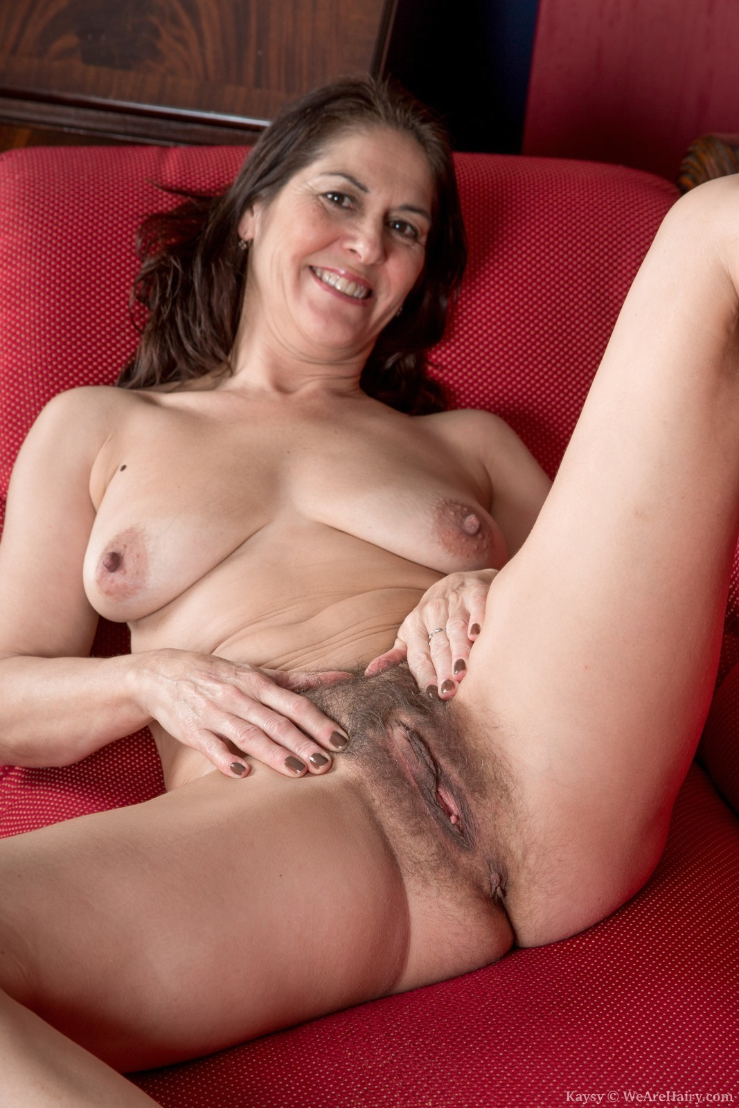 Hairy mature brunettes gallery