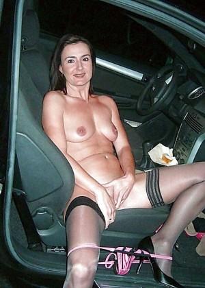 Голые в машине - подборка 014