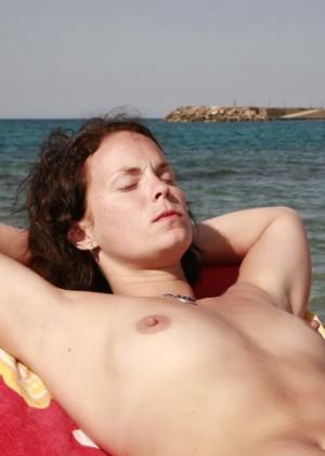 Голые на пляже - подборка 032